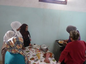 Cuisine avec les foyers féminins