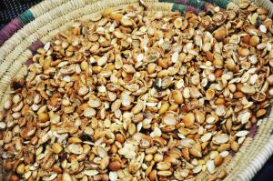 """Visite de la coopérative féminine agricole """"Tiwizi Wargan"""", qui produit et commercialise l'huile d'argane et ses dérivés"""